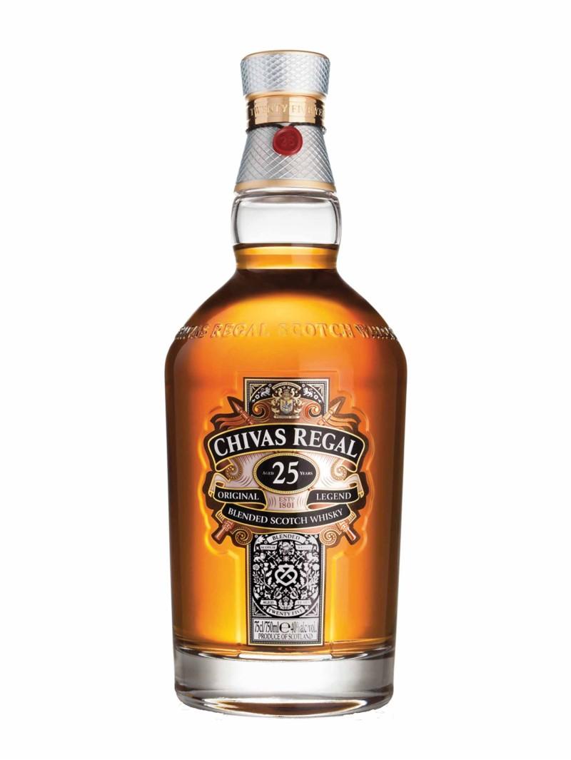 Chivas Regal Scotch Whisky Scotland 25 YO Blended